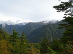 振り返り見る後立山連峰
