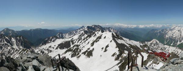 常念岳から笠ヶ岳まで、穂高連峰方面のパノラマ