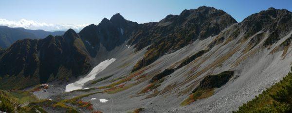 涸沢を取り囲む前穂北尾根、奥穂、涸沢岳(2012/10/05)
